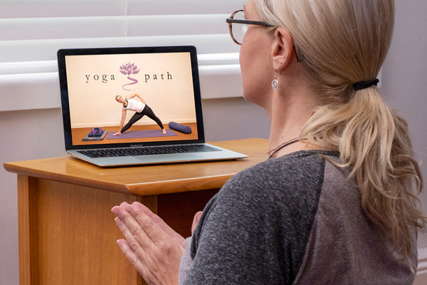 Streamed yoga classes are about communit...